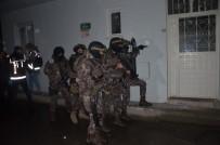ŞAFAK OPERASYONU - Bursa'da Bin Polisle Uyuşturucu Baskını