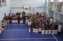GÜSAD'dan 375 Öğrenciye Kışlık Bot Yardımı