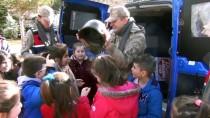 ÇAM SAKıZı - Öğrenciler Mehmetçik'e Atkı Ördü