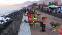 SEMPATIK - Rize'de Sahilde Kurulan Sobalar Kaldırıldı