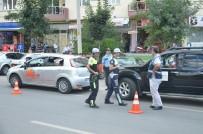 KIRMIZI IŞIK - Uşak'ta Rekor Sayıda Araç Kontrol Edildi