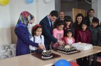 Yatılı Okulda Kalan Öğrencilere Doğum Günü Sürprizi