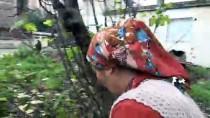 GIDA YARDIMI - Evleri Yıkılmak Üzere Olan Aile Sıcak Yuvaya Kavuştu