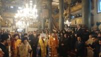 BARTHOLOMEOS - Ukrayna Devlet Başkanı Petro Poroşenko Fener Rum Patrihkanesi'nde
