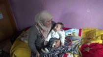 İLAÇ TEDAVİSİ - Bebekleri İçin Yurt Dışından Gelecek İlaçları Bekliyorlar
