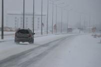 ELMALıK - Bolu Dağı'nda Kar Yağışı Devam Ediyor