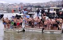 BARTHOLOMEOS - Haliç'te Geleneksel Haç Çıkarma Töreni Yapıldı