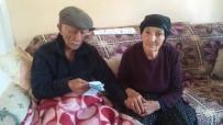 70 Yıldır Aynı Yastığa Baş Koyan Çifti Ölüm Bile Ayıramadı