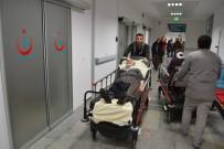Aksaray'da Otomobil Şarampole Devrildi Açıklaması 4 Yaralı