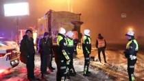 KARAKURT - Denizli-Antalya Kara Yolunda Kar Ve Sis Etkili Oluyor