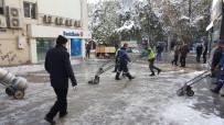 Kırıkkale'de Kar Ve Buz Temizleme Çalışmaları