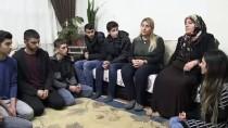 ŞEHİT AİLELERİ - Lise Öğrencilerinden Şehit Aileleri Ve Gazilere Ziyaret