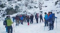 BEYKÖY - Ödemişli Dağcılar Bu Kez Karla Kaplı Aydın Dağları'na Tırmandı