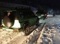 BAĞBAŞı - Off-Road Grubu Karla Kaplı Yollarda Büyük Heyecan Yaşadı