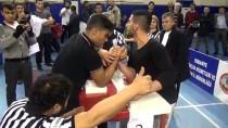 BİLEK GÜREŞİ - Osmaniye'de 'Bilek Güreşi Bölge Şampiyonası' Yapıldı