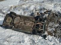 Otomobil Takla Atıp Şarampole Uçtu Açıklaması1 Yaralı