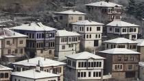 Safranbolu'da Konaklar Beyaza Büründü