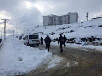Sincik İlçesinde Okullara Kar Tatili