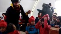 Suriye'deki Çocuklara Kışlık Giysi Yardımı