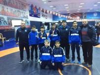 ÖMER YıLMAZ - Yunusemreli Güreşçiler Ankara'dan Derecelerle Döndü