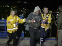 BALIK AVI - Balıkçının Halata Sıkışan 3 Parmağı Koptu