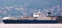 Çanakkale Boğazı'ndaki Gemi Yangını