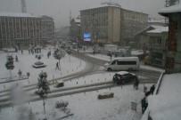 Devrek'te Kar Yağışı Etkili Olmaya Başladı