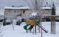 Elazığ'da Kar 179 Köy Yolunu Kapattı, 8 İlçede Okullar Tatil Edildi