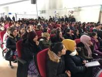 Hamur'da Stand-Up Gösterisi Yapıldı