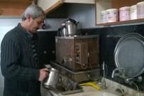 ESNAF VE SANATKARLAR ODASı - Havalar Soğudu, Çay Satışlarında Artış Yaşandı