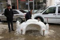 CAMİİ - Hizan Esnafından Kardan Camii