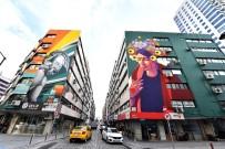 SIRBİSTAN - İzmir'de Duvarlar Cıvıl Cıvıl