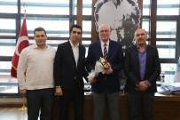 DİVAN KURULU - Kazım Kurt'a Spora Destek Teşekkürü
