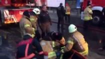 İTFAİYE ERİ - Üsküdar'da İtfaiye Eri Çatıdan Düştü