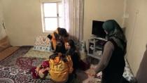 AKÇALı - Yolu Kardan Kapanan Köylerdeki Hastalar Paletli Ambulansla Kurtarıldı