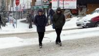 Yozgat'ta Kar Yağışı Ve Soğuk Hava Etkisini Sürdürüyor