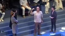 TOPLUMSAL OLAYLAR - Ahmet Kaya'nın Hayatı 'Hep Sonradan' Oyunuyla Sahneye Taşındı
