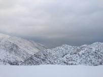 Çukurca'da Kar Tatili