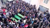 Dereye Düşen Otomobilde Hayatını Kaybeden Baba Ve Çocukları Toprağa Verildi