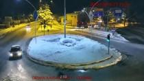 SÜRÜCÜ BELGESİ - 'Drift'ten Ehliyetine El Konuldu 'Makas Atarken' Yakalandı