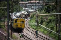 GÜNEY AFRIKA - Güney Afrika'daki Tren Kazasıda Ölü Sayısı 4'E Yükseldi