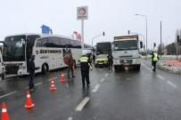 Kar Ve Tipi Nedeniyle Elazığ'dan 2 Şehre Ulaşıma İzin Verilmiyor
