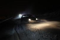 Karda Mahsur Kalan Vatandaşın Yardıma Erzincan Off-Road Ekibi Koştu