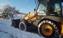 ÇALKÖY - Kardan Kapanan Yollar Açılıyor