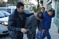 19 MAYıS - Kumar Baskınında Polise Direnip Tehdide 2 Gözaltı