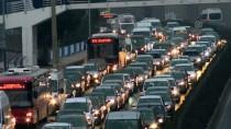 4 YIL HAPİS - Otomobil Dolandırıcılarına 531 Bin Lira Para Cezası