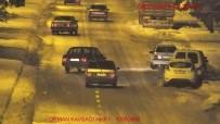 SÜRÜCÜ BELGESİ - Trafikte Makas Atan 3 Sürücüye 7 Bin Lire Ceza