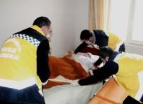 AMBULANS ŞOFÖRÜ - Van Büyükşehir Belediyesinin Hasta Nakil Hizmeti Yüzleri Güldürüyor