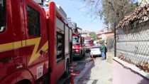 Yangında Evde Mahsur Kalan Genci İtfaiye Kurtardı