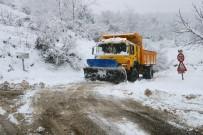 Zonguldak'ta 43 Köy Yolu Ulaşıma Kapandı